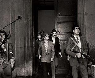 Imagenes que impactaron nuestra historia contemporanea. (Nacional e Internacional) Allende_lamoneda