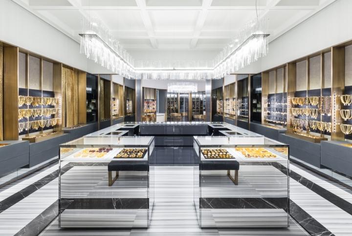 Chuyên gia tư vấn: Thiết kế showroom trang sức Amberart-first-flagship-store-in-saint-petersburg-by-piuarch-1486386085-0