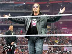 Résultats de WEW Monday Night RAW, 18 juin 2012. 4live-bret.hart-28.03.10.1