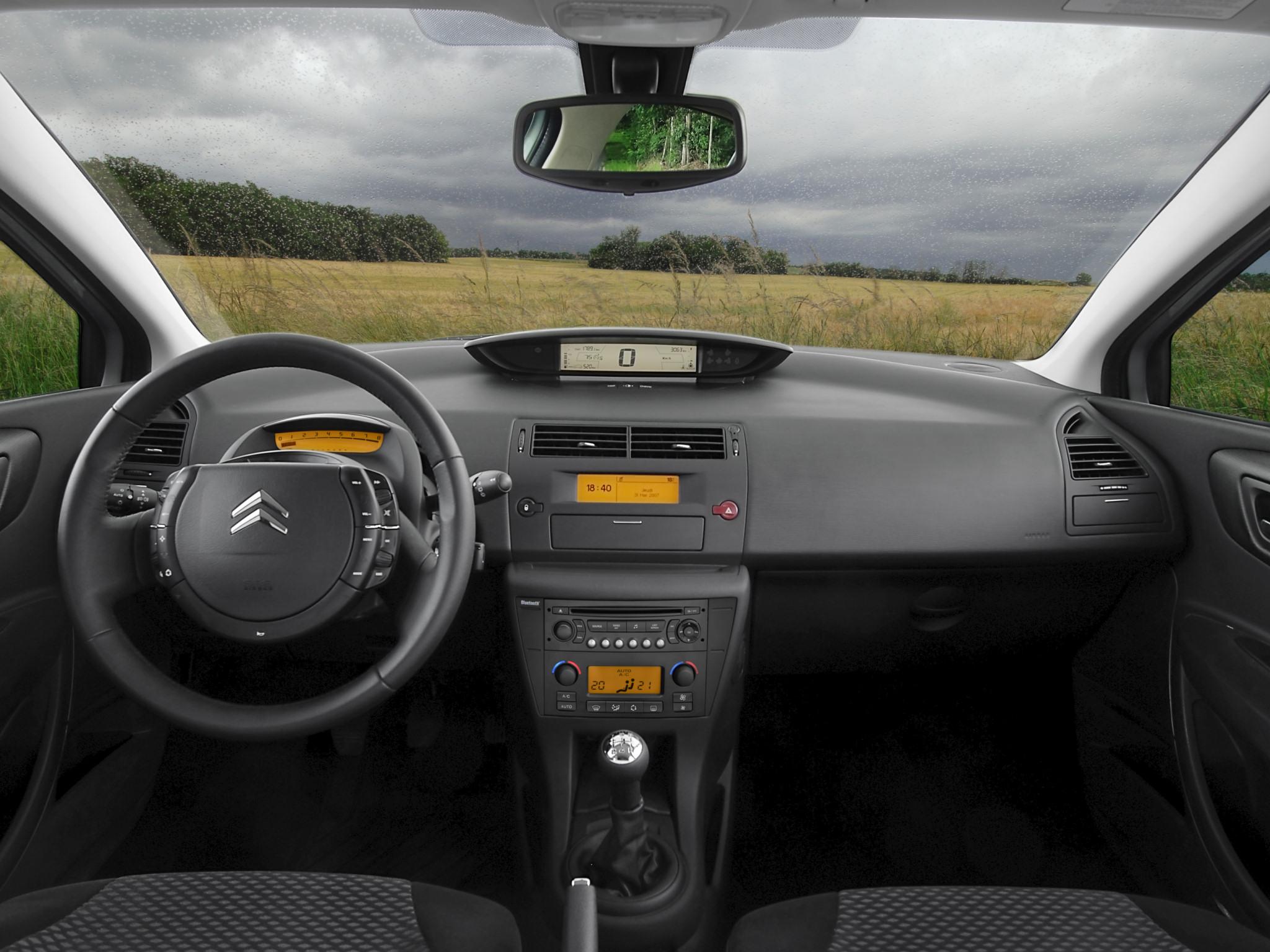 Sobre Citroën C4 Citroen-C4-BioFlex-2008-Photo-01