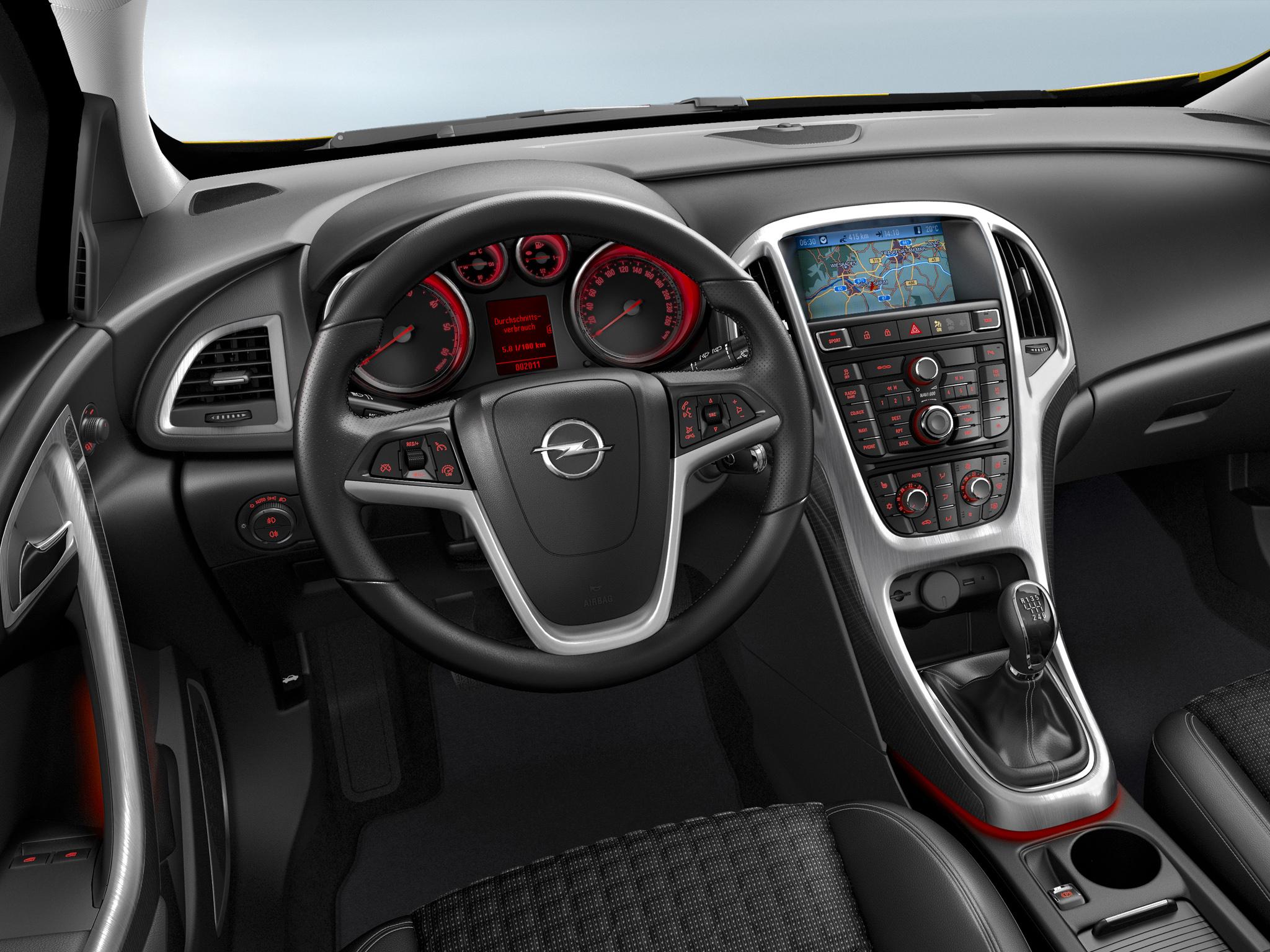2017 - [Hyundai] I30 - Page 2 Opel_astra_gtc_j_hatchback3d-4915