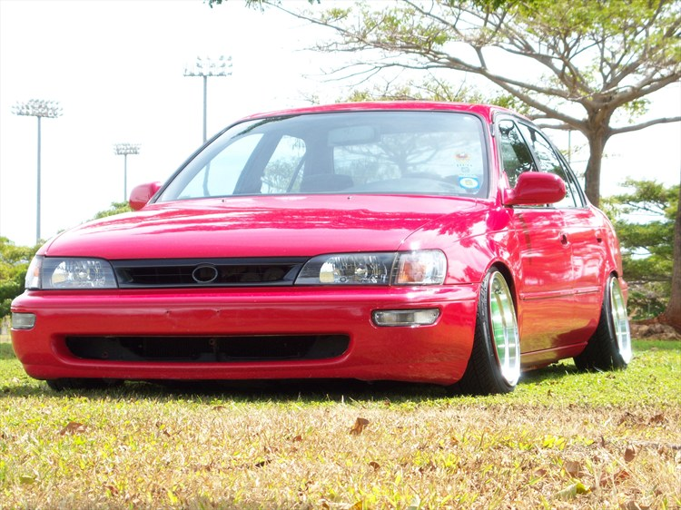 Pictures of low ae101s - or other corollas.  32874860039_large