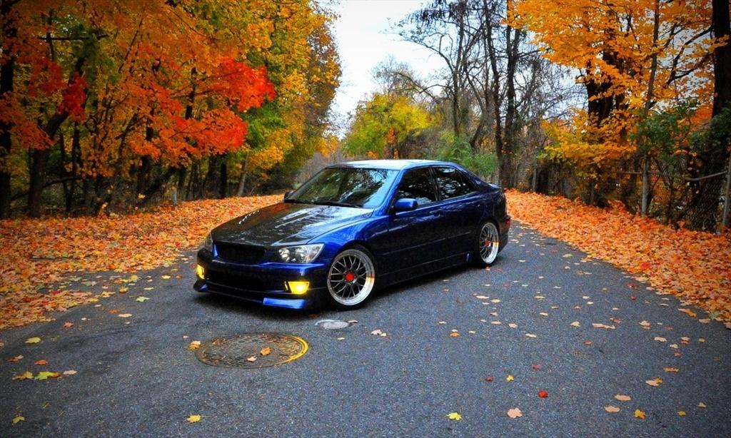 Lexus IS300 39126954169_large