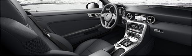 Mercedes SLK 300 de 245 cv e nove marchas chega ao Brasil por R$ 254,9 mil Slk3