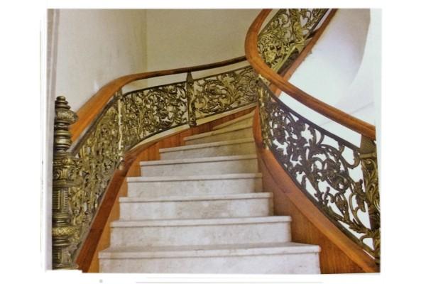 Cầu thang nhôm đúc và những thông tin cần thiết  216691284_orig