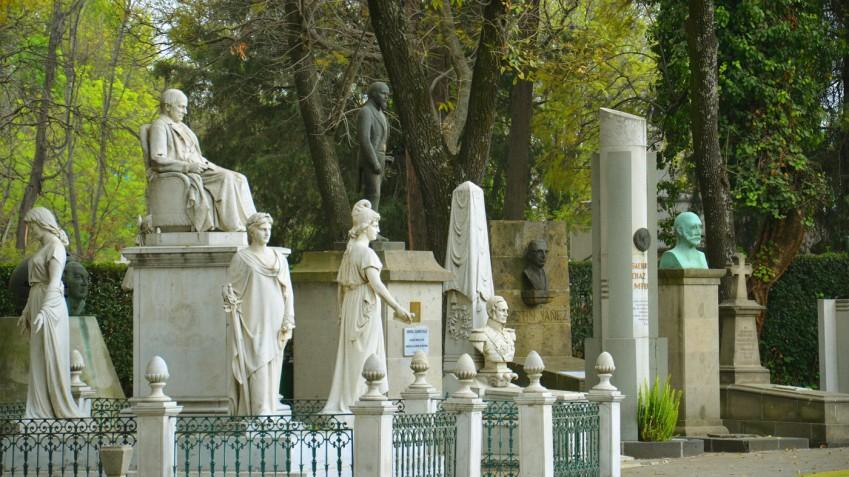 ¿Que cementerio memorable has visitado? Discover-1955-1-panteon-ilustres_849x477_adaptiveResize