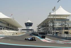 Bientôt trois moteurs par pilote pour une saison?    F1-abu-dhabi-november-testing-2015-valtteri-bottas-williams-f1-team