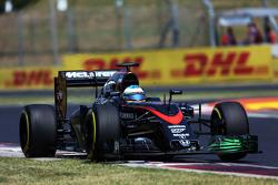Alonso frustré par la F1? F1hungarian-gp2015fernandoalonsomclarenmp430