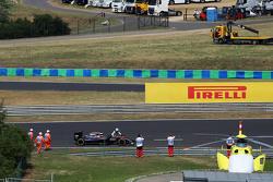 Alonso frustré par la F1? F1hungarian-gp2015fernandoalonsopusheshismclarenmp430intothepitlaneduringqua