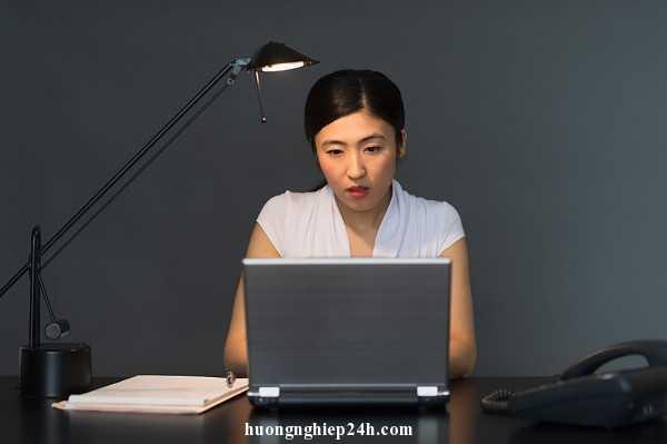 Phụ nữ & Công nghệ cao Con-gai-it-d9dd5