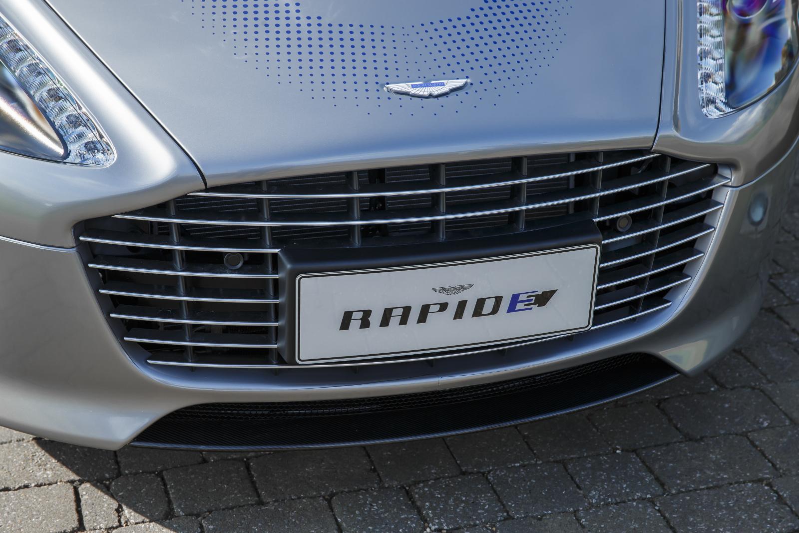 2009 - [Aston martin] Rapide - Page 19 00