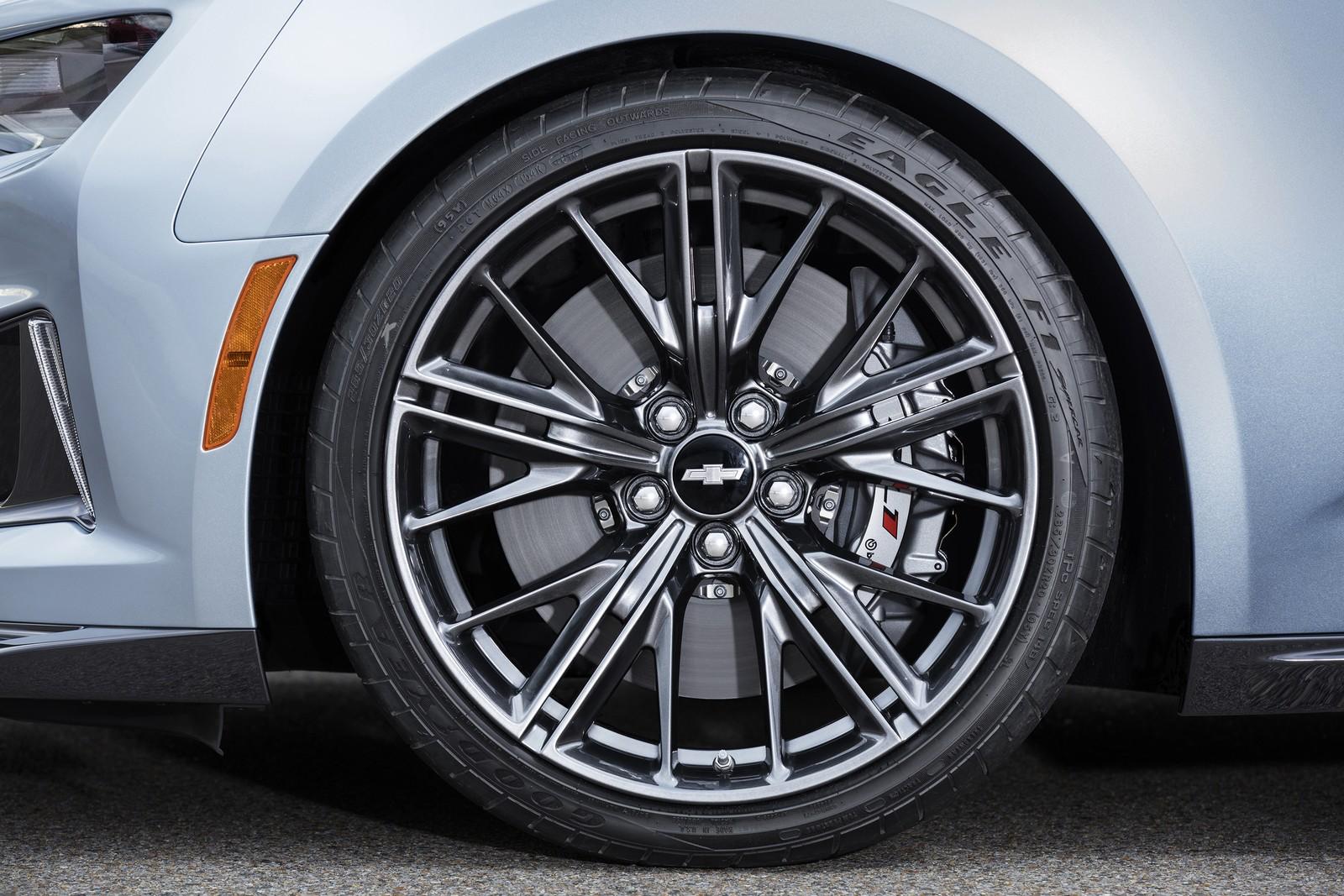 2017 - [Chevrolet] Camaro ZL1 Cabriolet  00