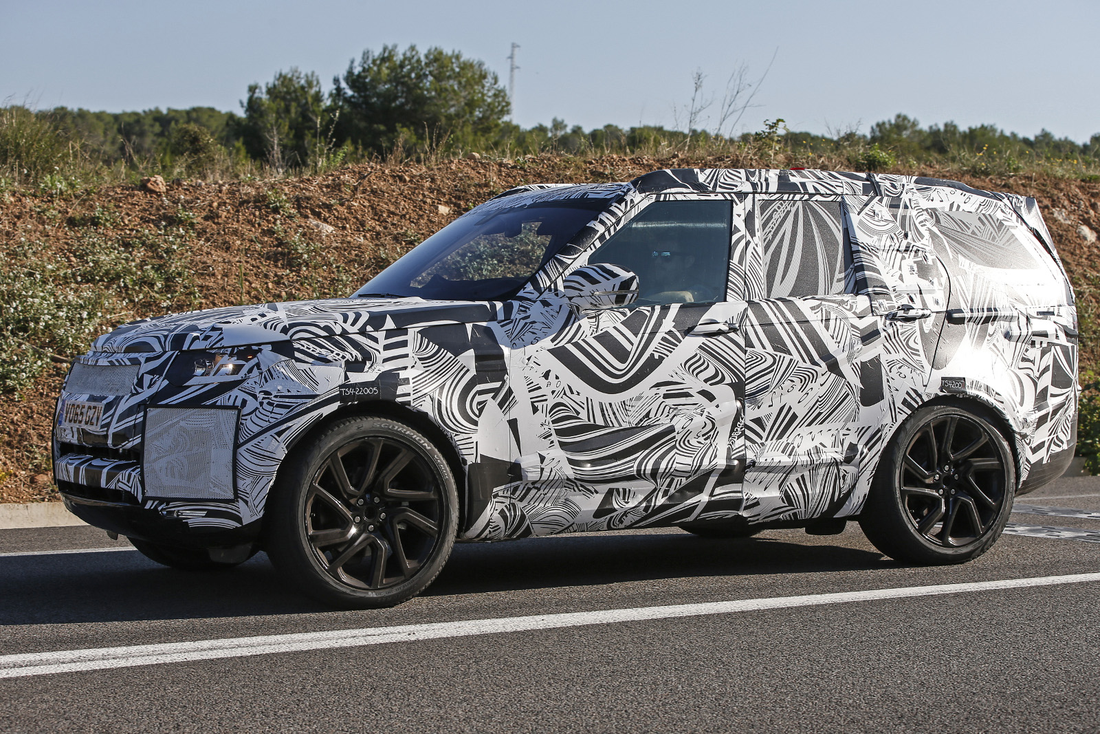 2016 - [Land Rover] Discovery V - Page 2 00