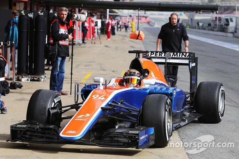 (F1) Pascal Wehrlein F1-barcelona-february-testing-2016-pascal-wehrlein-manor-racing-mrt05