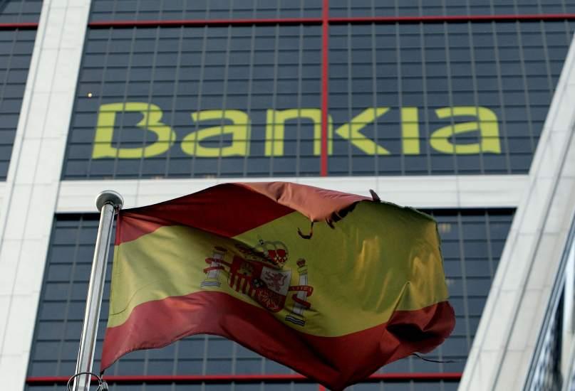 España asume que nunca recuperará 26.300 millones del rescate bancario 64476-807-550