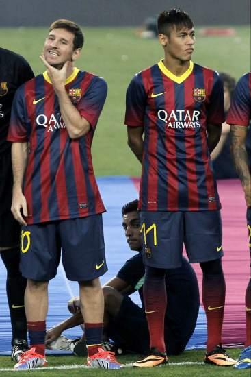 ¿Cuánto mide Neymar? - Altura y peso - Real height 133154-367-550