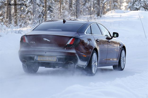 2015 - [Jaguar] XJ Restylée - Page 2 Bdac658c9a3442268f5542ee5aeb9d4a