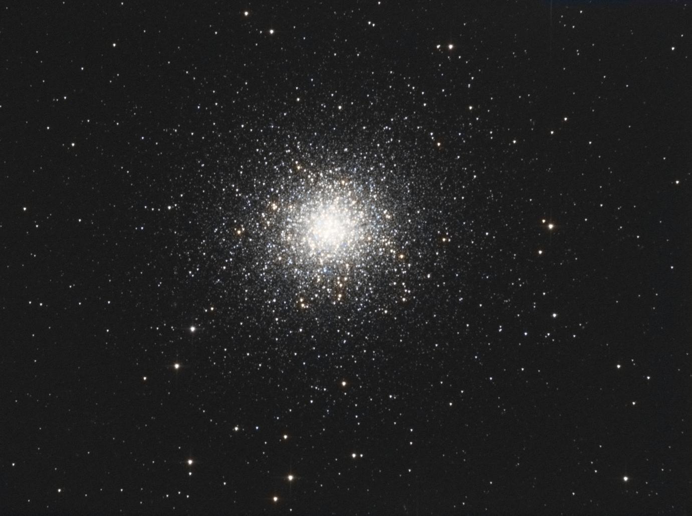 Seconde lumière dans le grand tas d'Hercule F6243ad5-f858-4212-80ea-3e2847c53d32