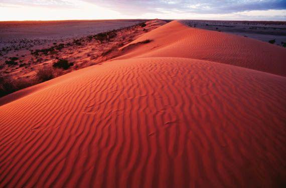 5.8 Lying in the sun, Team buildig activities az the S.M.SZ.K. Birdsville-sand-dunes