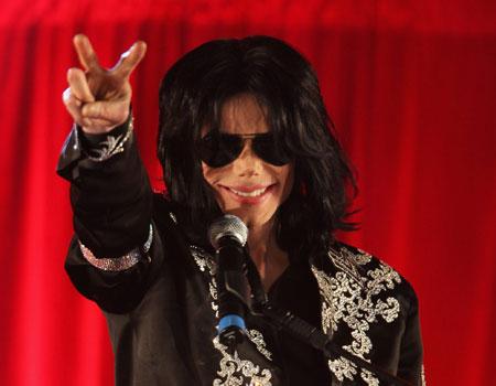 Michael Jackson e la Chirurgia Plastica - Pagina 27 This-is-it-michael-jackson-press-conference-450-943437956
