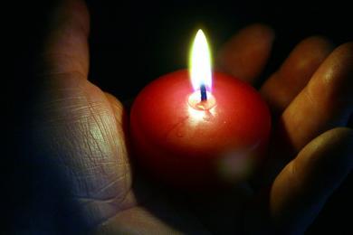 accendi una candela virtuale Candela
