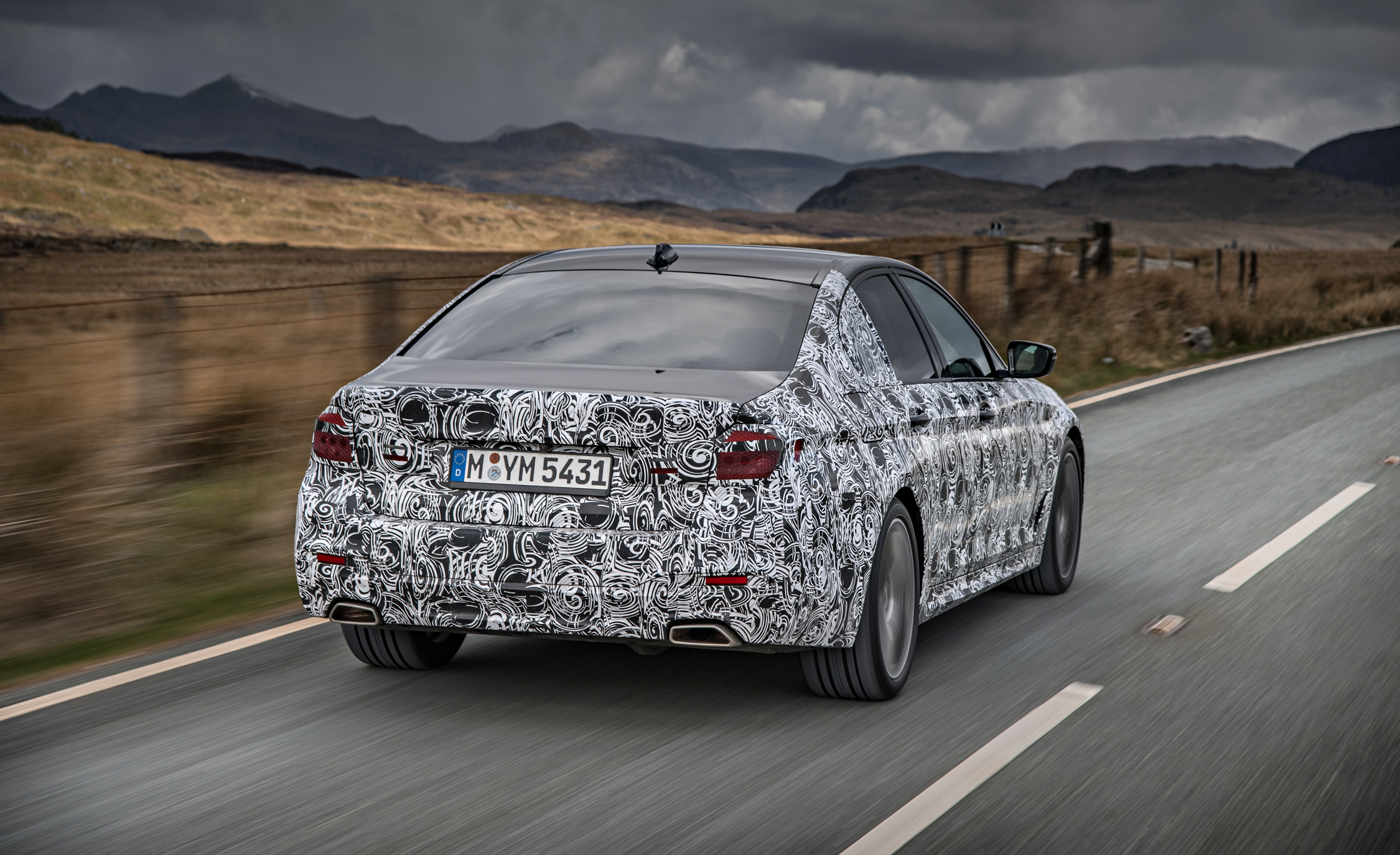 2016 - [BMW] Série 5 Berline & Touring [G30/G31] - Page 16 2018-BMW-5-series-prototype-117