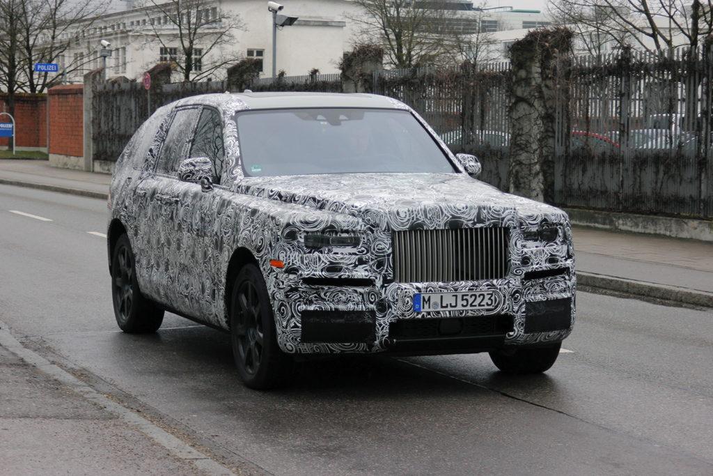 2017 - [Rolls-Royce] SUV Cullinan - Page 8 Rolls-Royce-SUV-spied-02-1024x683