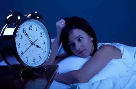長期23點後睡覺,小心身體這7個地方,補再多覺都沒用  93777_7