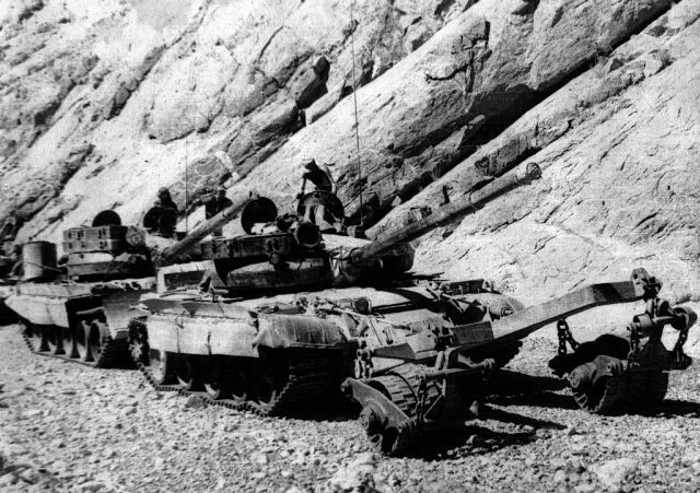 Soviet Afghanistan war - Page 7 Afgan_09