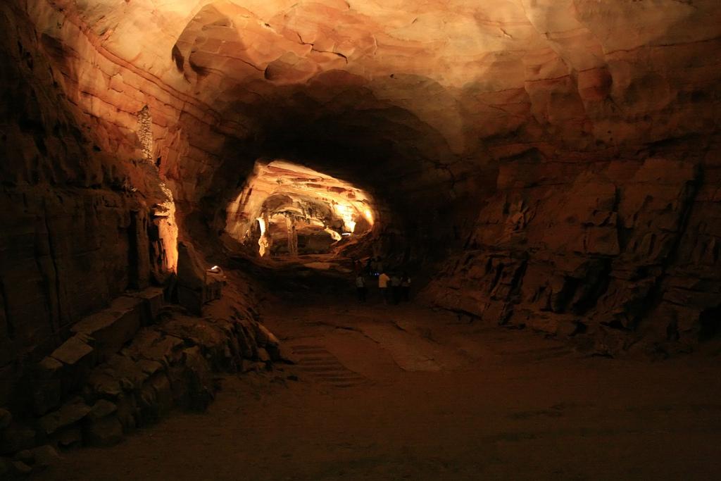 Подземный мир, обнаруженный случайно 22