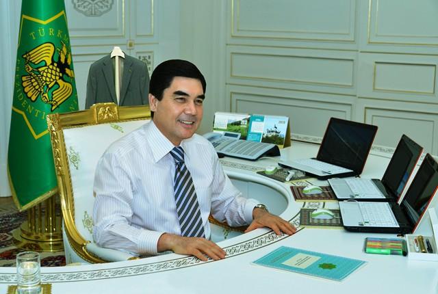 10 рабочих кабинетов президентов разных стран. 1_07