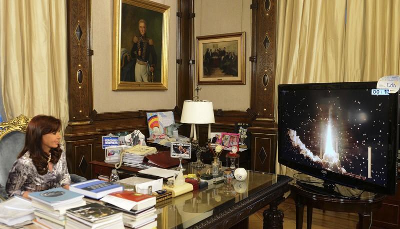 10 рабочих кабинетов президентов разных стран. 1_06