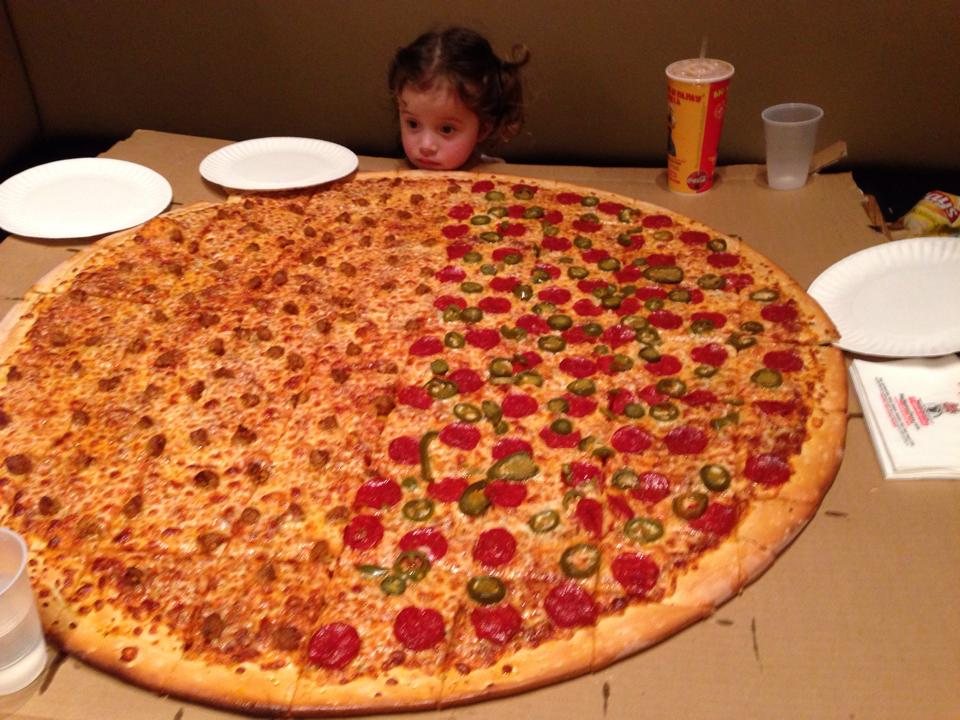 Clan and Affiliations - Page 2 Big-mama-pappa-pizza-huge