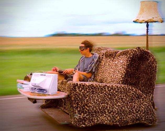lõng - Mõista-mõista, mis lõng see on? - kuni 9.jaanuar (võitja on Katriina) The-Worlds-Fastest-Couch