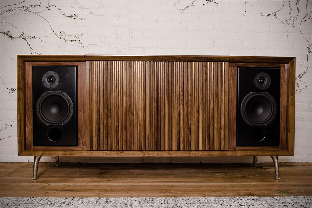 Nuevas consolas con diseño vintage Wrensilva-Standard-One-HiFi-Stereo-7