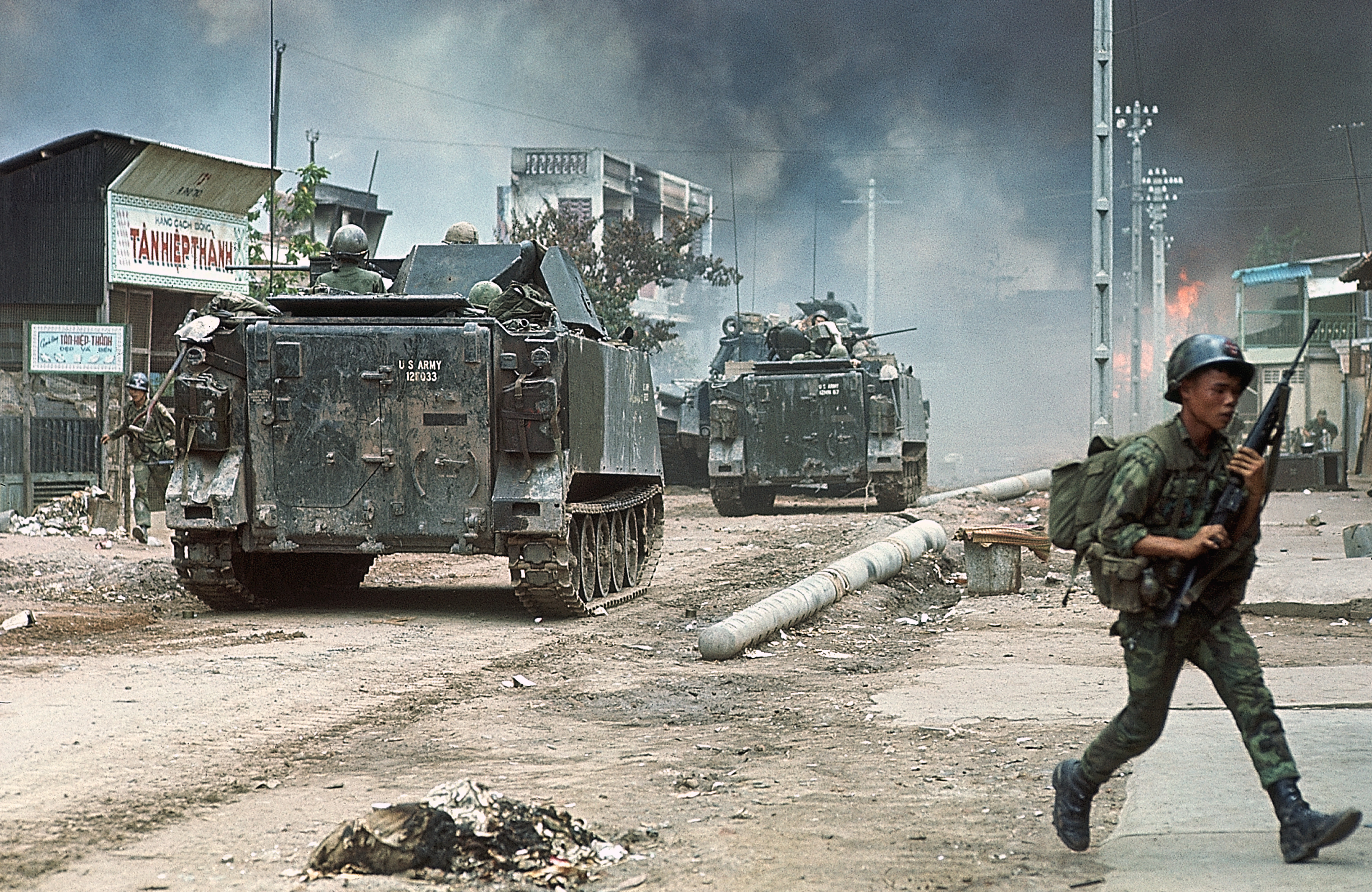 Vietnam War 1954-1975 BE082302