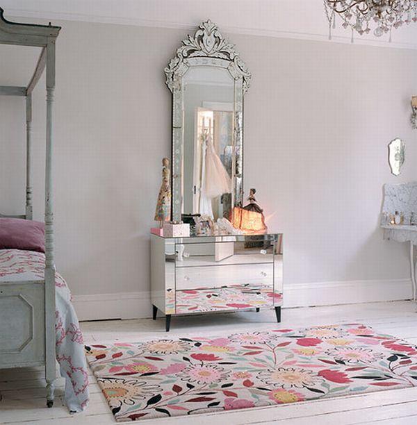 Ogledala Venetian-mirror-decorating-15