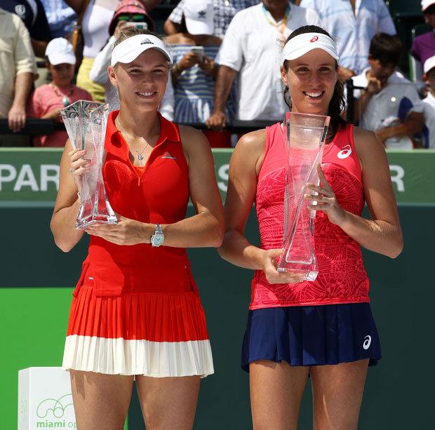 ¿Cuánto mide Caroline Wozniacki? - Real height Johanna-Konta-Caroline-Wozniacki-889505