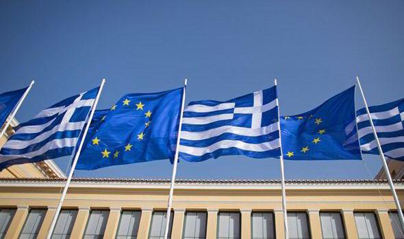 Tổng hợp tin tức, sản phẩm mới nhất của Sàn HotForex uy tín nhất Châu Á Greece-bailout-560117