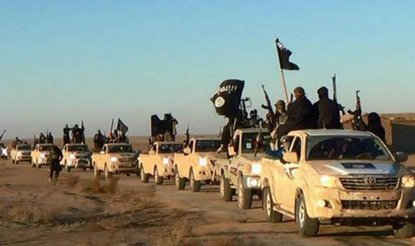 ISIS left so weakened by airstrikes and desertion it could be destroyed in just HOURS Isis-fighters-358570