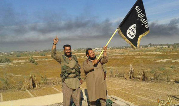 ISIS left so weakened by airstrikes and desertion it could be destroyed in just HOURS Isis-flag-358563