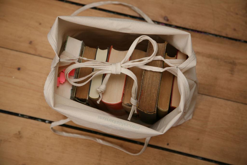 اصنعي حقيبة رائعة لحمل الطعام في الرحلات !!  FFRXJZBHVNFJ5WR.LARGE