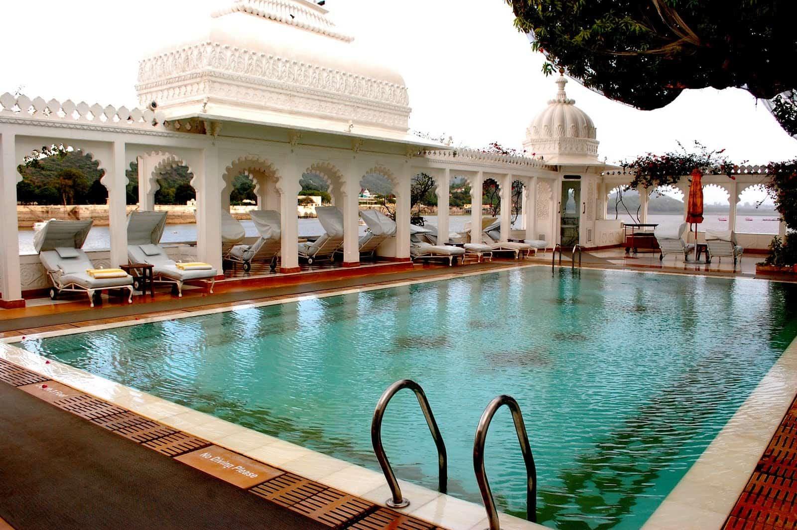 Super moderne vile na vodi Taj-Lake-Palace-in-Udaipur-2