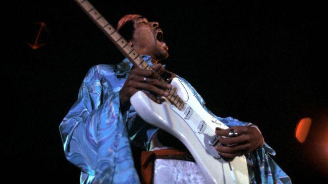 Guitarristas y su Guitarras (El Topic) Hendrix-corbis-650-80