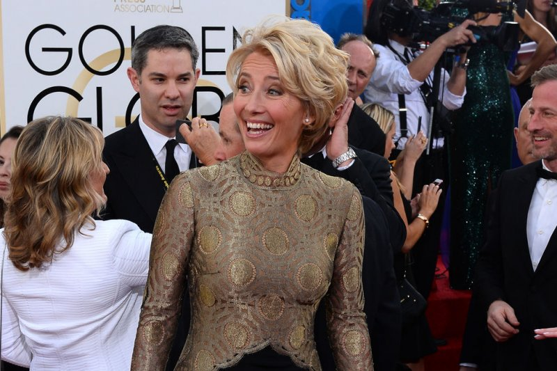Emma Thompson - Page 2 Emma-Thompson-drinks-martini-onstage-at-the-Golden-Globes