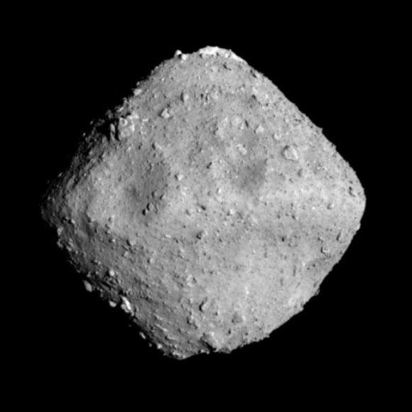 Hayabusa-2 Returns Samples of Asteroid Ryugu to Earth Image_6180_2-Ryugu