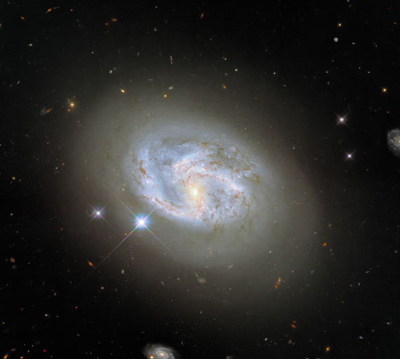 Hubble Captures Spectacular Image of NGC 4680 Image_9734-NGC-4680