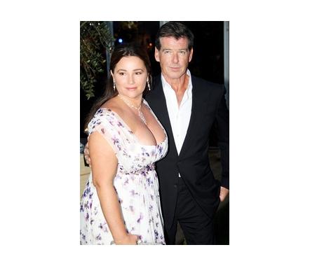 Mes acteurs/actrices préféré Pierce_Brosnan_and_Keely_Shaye_Smith_full