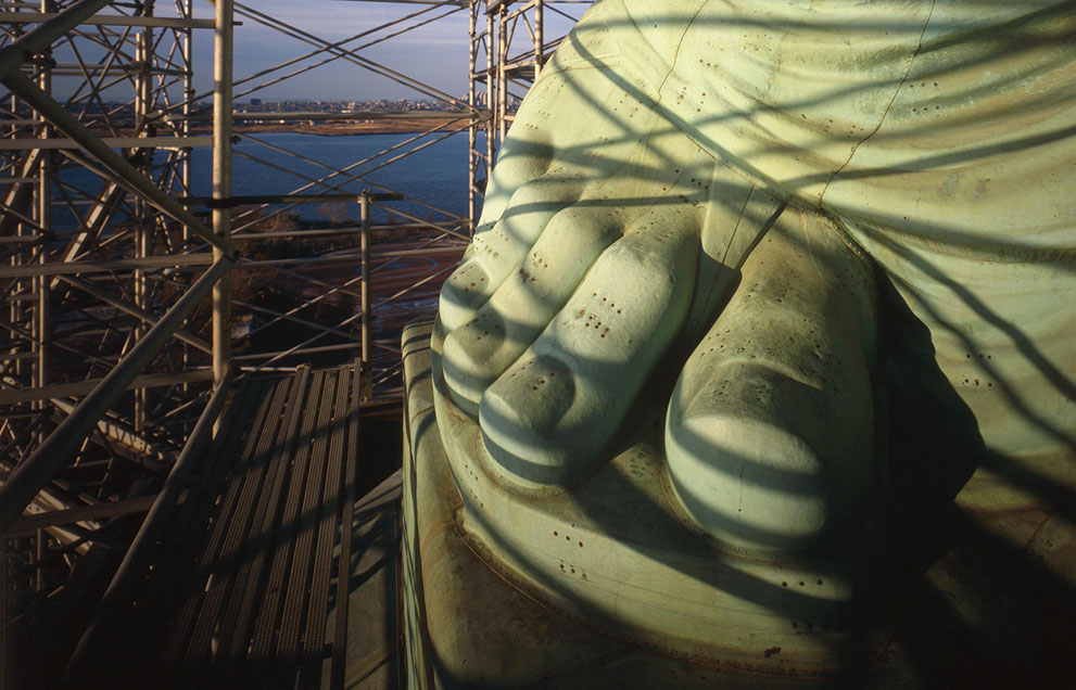 [The Big Picture] Tượng Nữ thần Tự do - 127 năm tại cửa ngõ của nước Mỹ S_l15_570025cu