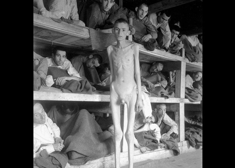 photos des camps de la mort, des ghettos, des prisonniers, des gardiens... S_w13_51425462